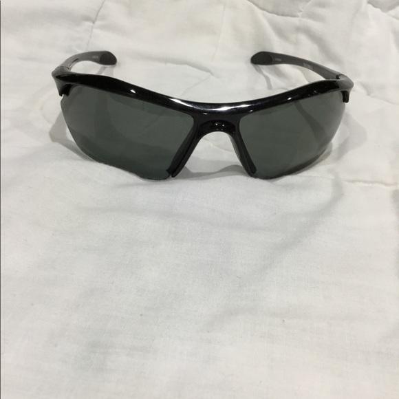2e4d55324f2d Under Armour Zone XL Polarized sunglasses. M_5a917f3900450f3125ef5f14